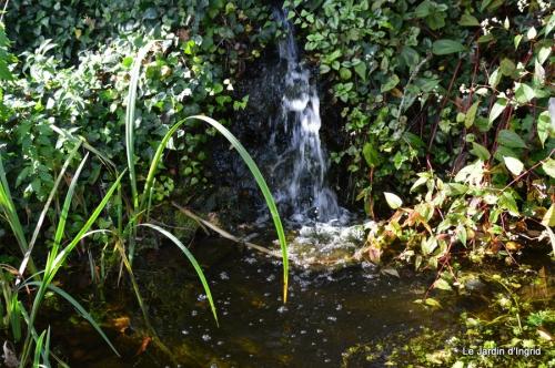 anniversaire Mamy,chateau d'eau,jardin automne 085.JPG