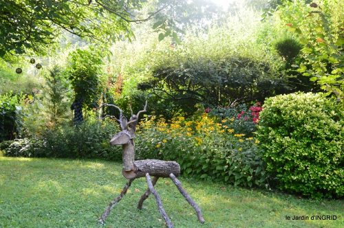 Meyrals,le Bugue,jardin 099.JPG