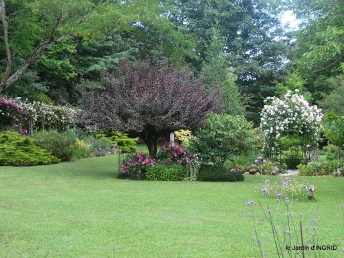 tour jardin de mai ,les épouvantails,préparation 044.JPG