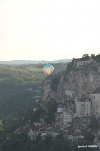 Mongolfières à Rocamadour,Martel village 146.JPG