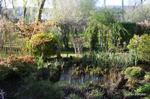 plans d'eau,jardin 023.JPG