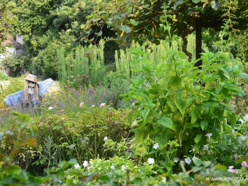 jardin,papillons,anniversaire d'Ines,bricolage 006.JPG