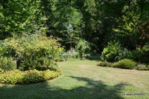 robe Julie,jardin,le flambé,lantanas,dahlias 022.JPG