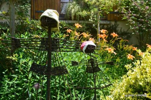 bouquet champêtre,jardin,hémérocalles,nénuphards 113-001.JPG