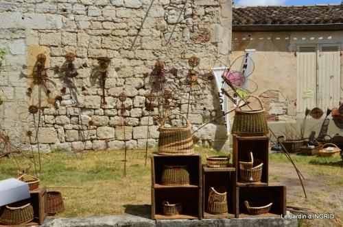 dahlias,jardin,puces st Avit Seigneur,Paniers Issigeac,Romane 208.JPG