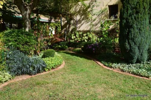 jardin octobre 054.JPG