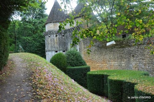 jardin pluie,chateau Losse 090.JPG