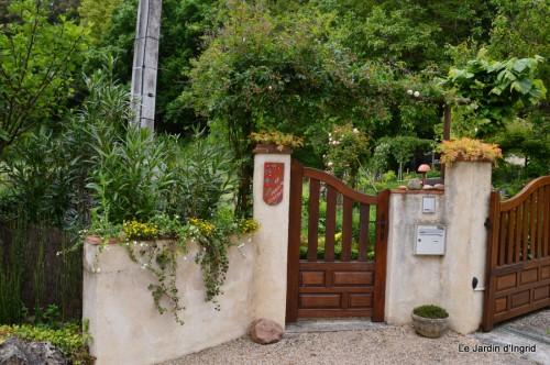 jump,Colombier,Cadouin,jardin,banc 230.JPG