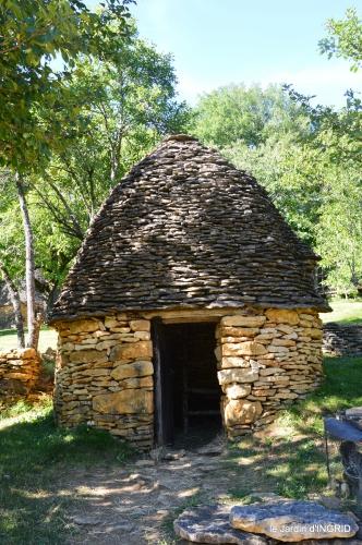 lantanas,pêcheurs,roque st Christophe,cabanes de Breuil,cygnes,p 182.JPG