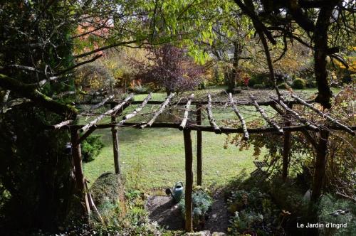 travaux,érable rouge,abeilles,Monpazier,jardin 042.JPG