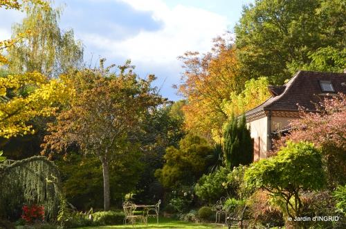 Jardinières,Dordogne,bouquet,canal,,Issigeac,jardin 087.JPG