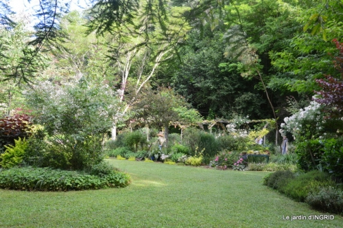 portes ouvertes,taille marguerittes,jardin 027.JPG