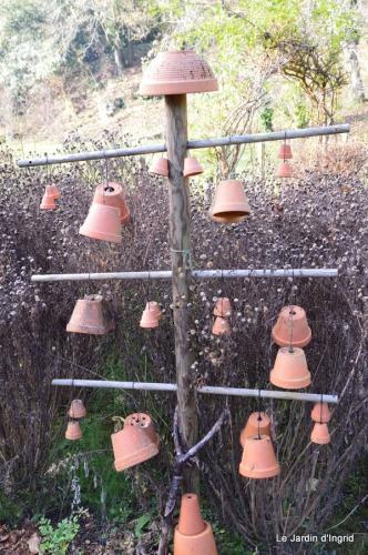 train,nid frelons,couleur jardin 056.JPG