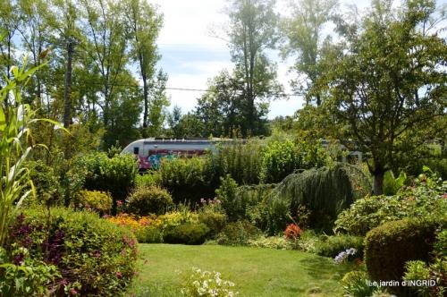 insectes,Romane ,lalinde,jardin 051.JPG