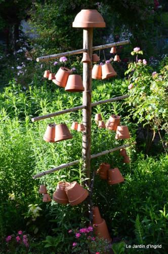 épouvantails,jardin,crapaud,Le Dorlou 060.JPG