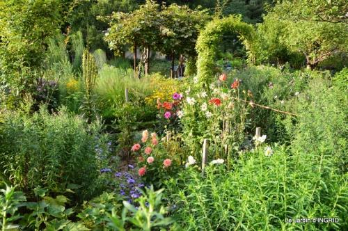 confiture,bouquet,petit jardin 065.JPG