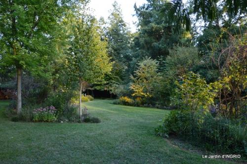 jardin pour l'automne,affiche vide jardin 008.JPG