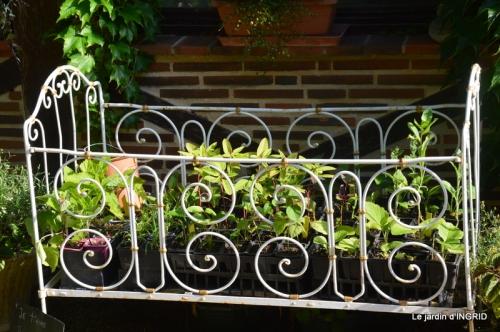 hémérocalles,les filles,les cygnes,la passerelle,moi,jardin 147.JPG