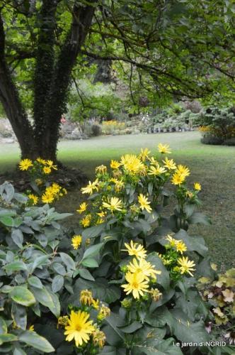 les Métallies,jardin ,visiteurs 116.JPG