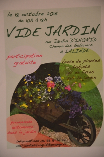 affiche,les filles,Lalinde,asters,sauges,abélia,jardiland,cygnes 122.JPG