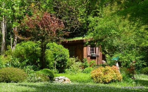 jardin avril 095.JPG