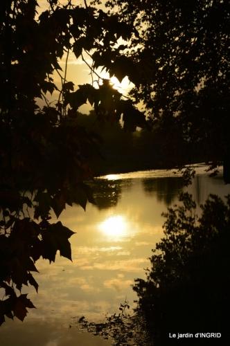 canal automne ,jardin,Ines 060.JPG