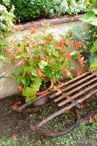 tableau,jardin,centre de table,les bégos,Cadouin,DALY,Mouleydier 111.JPG