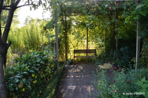 Fleurettes,Dordogne,jardin 095.jpg