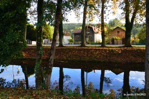 jardin automne,voisinage,canal 065-002.JPG