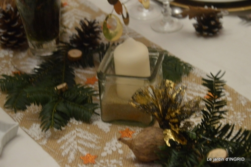 table de Noel,enfants canal,bouquet,tourterelle 053.JPG