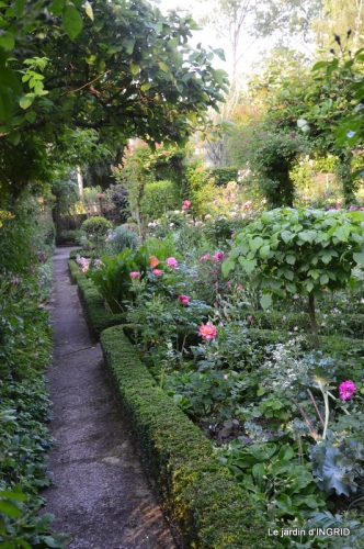 Trémolat,petit jardin,Julie 057.JPG