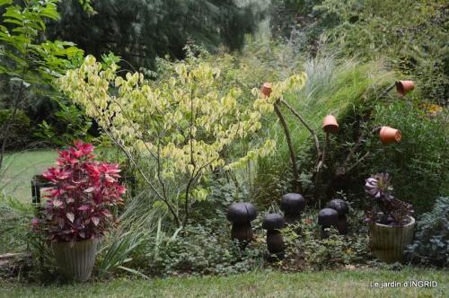 les Métallies,jardin ,visiteurs 102.JPG