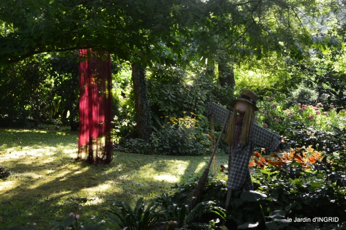 jardin,papillons,anniversaire d'Ines,bricolage 022.JPG