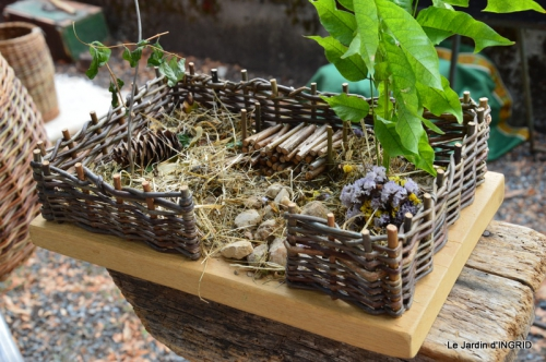 dahlias,jardin,puces st Avit Seigneur,Paniers Issigeac,Romane 164.JPG