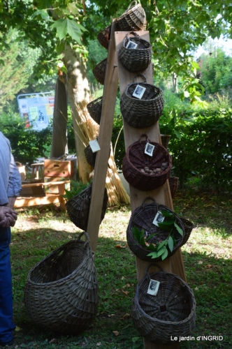 Issigeac paniers,visite Brigitte Mathis,jardin 017.JPG