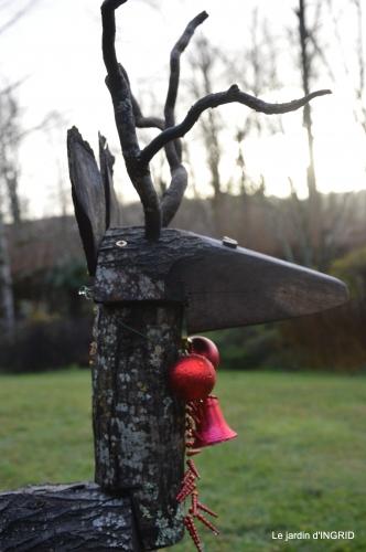 décos Noel au jardin,Sarlat,étoile en osier 038.JPG