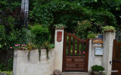 jardin,les filles,gerbera,Lalinde 016.JPG