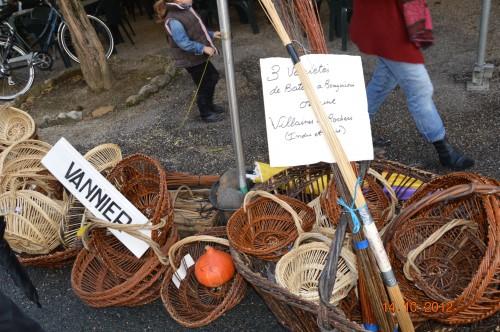 champignons,citrouilles,st Mayme de Péreyrol,fuschias,jardin aut 085.JPG