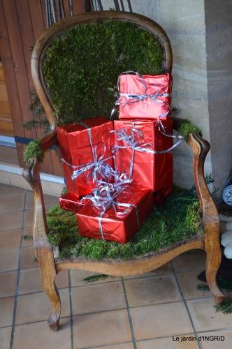 décos Noel au jardin,Sarlat,étoile en osier 185.JPG