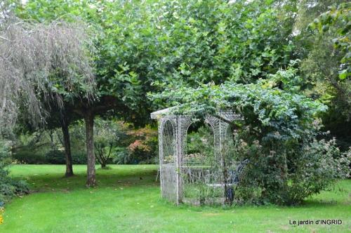moulin,les jardins d'Au-delà,Brantôme 059.JPG