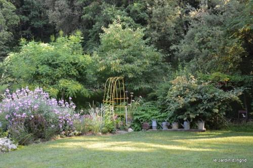 jardin matin,Romane ,nicky 007.JPG