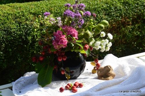 hémérocalles,Doprdogne,canal,bouquet fruit,jardin 134.JPG