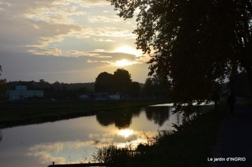 canal automne ,jardin,Ines 063.JPG