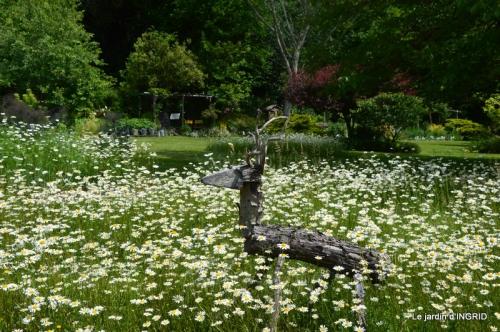 jardin en mai,visites bus,petit jardin 159.JPG