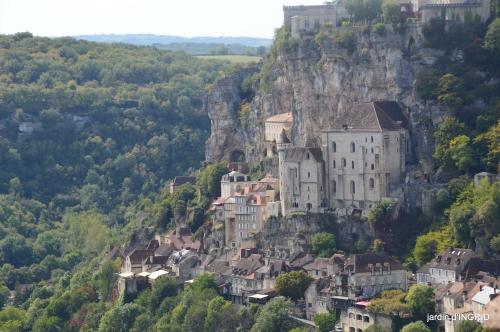 Mongolfières à Rocamadour,Martel village 020.jpg