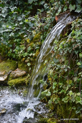 canal,jardin,dentelles 057.JPG