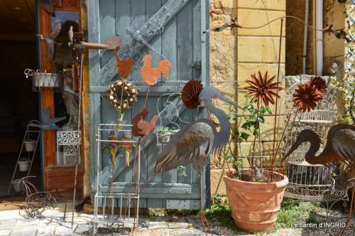 Cadouin,ancolies,roses,pollen,osier,photos Fabien,coquelicots 044.JPG