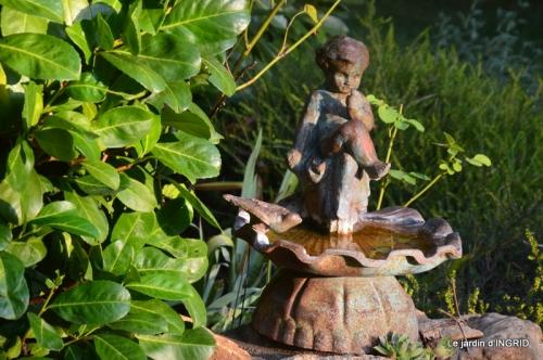 male ancienne,septembre jardin,couronne,bouquet 078.JPG