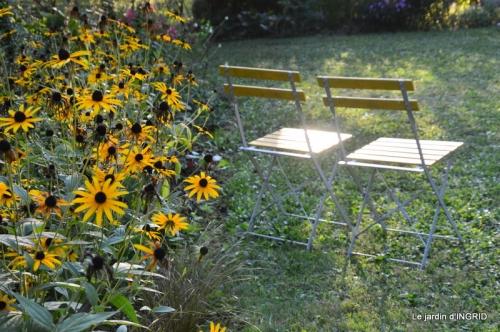 male ancienne,septembre jardin,couronne,bouquet 079.JPG