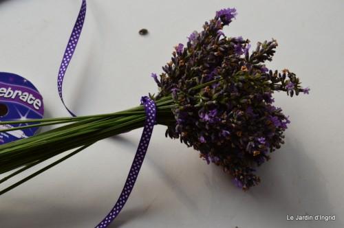 tournesols,pt jardin,nénuphard,libellules,lavande bouquet,carava 101.JPG